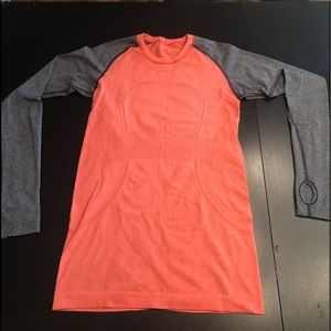 Lululemon long sleeve swiftly tech shirt